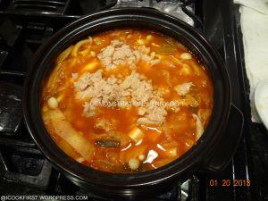 Korean Kimchi Soup (Kimchi Chigae)